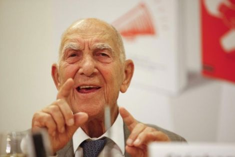 Stephane Hessel dies at the age of 95