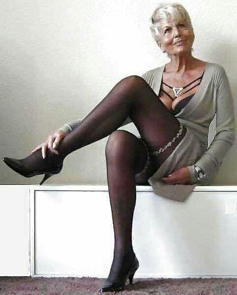 Need grandmas wearing pantyhose want give girl