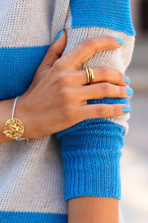 Love the nail polish color. Must findColors Combos, Nails Colors, Stripes Sweaters, Bluenails, Gold Rings, Colors Blue, Nails Polish, Gold Jewelry, Blue Nails