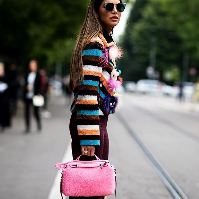 Negin in Milan 🇮🇹 @negin_mirsalehi in #milan outside @fendi #fashionshow during #mfw #milano #fashionweek #ootd #outfit #fendi #bag #streetstyle BY #vincenzogrillo📸 #imaxtree