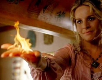 Meredith Gordon (Pyrokinesis) Claire Benet's biological mother - Heroes TV Show