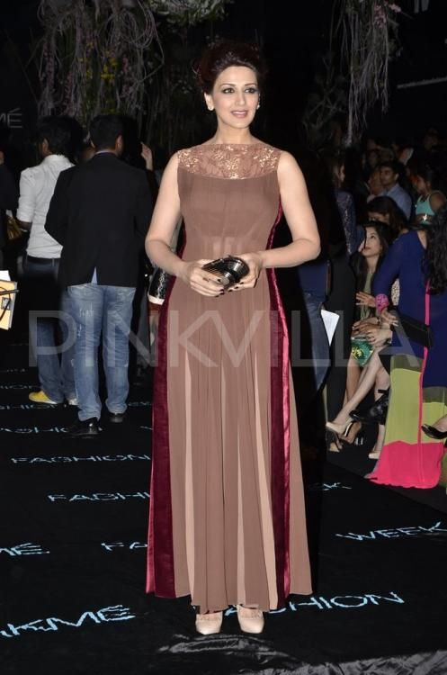 Ameesha Patel and Sonali Bendre were among the two stars who attended Manish Malhotra show at the Lakme Fashion Week SR 2014.  ...