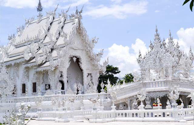 Celebra tu luna de miel en Tailandia: Templo blanco, precioso para disfrutar en vuestro viaje de novios.