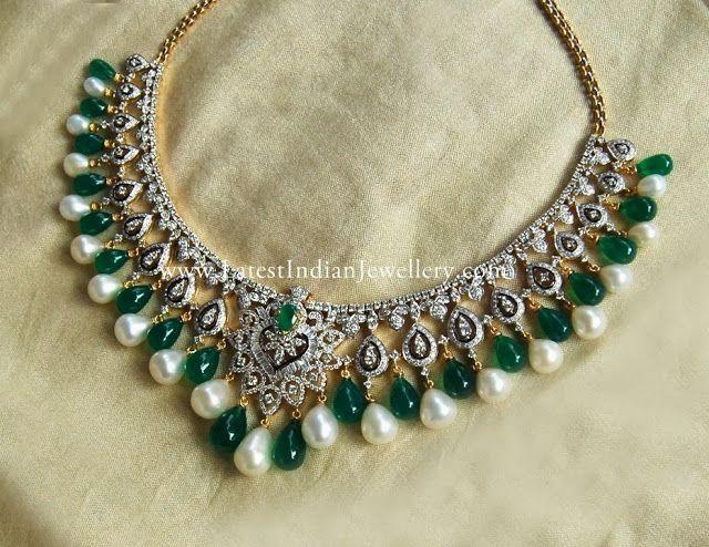 Diamond Set with Emerald