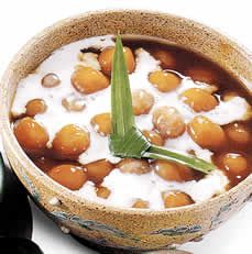 Bubur Candil - Glutinous rice cake ball stewed in gula jawa (palm sugar), served with thick coconut milk.