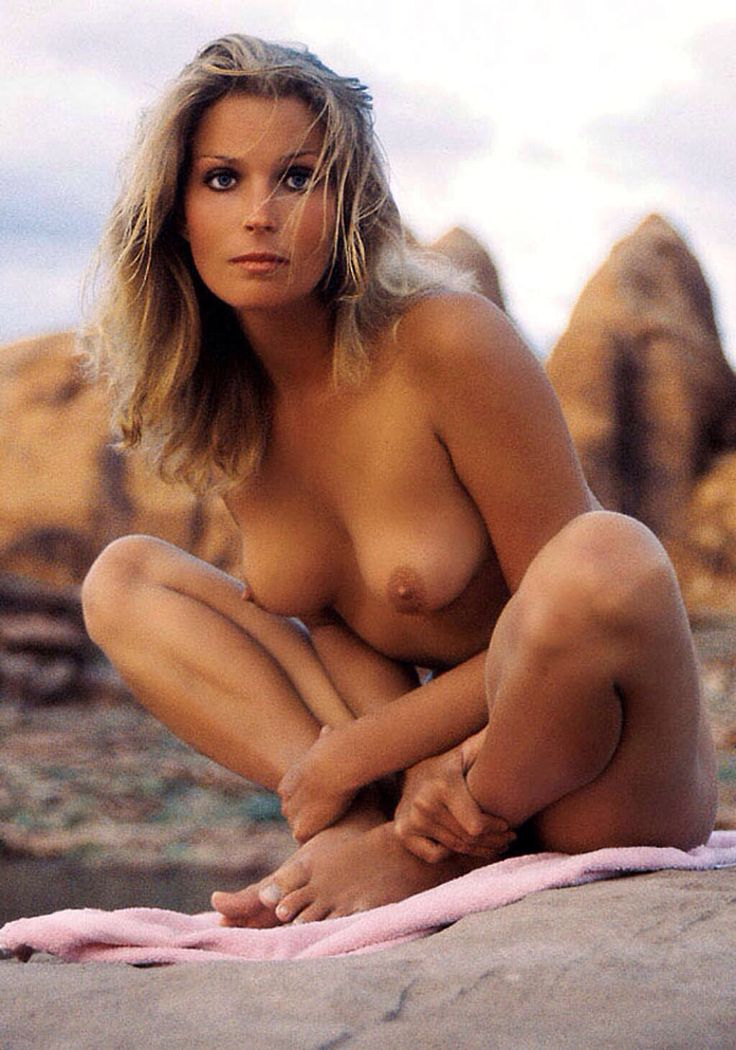 Nude photos of actors with the best tits