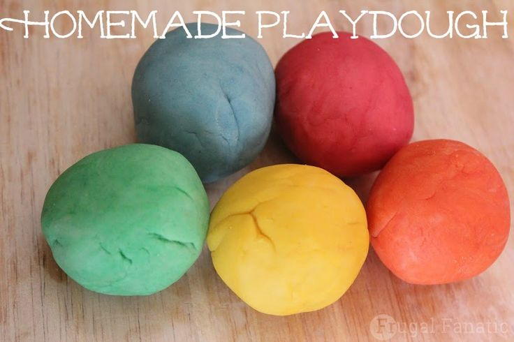 Use this easy recipe to make your own play dough with your kids. It is very simple and lasts just as long as store bought playdough.