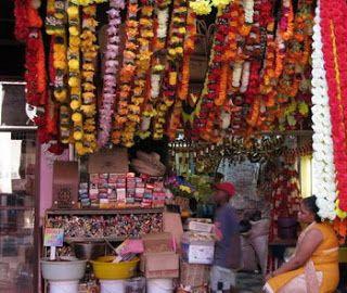 Victoria Indian street market .