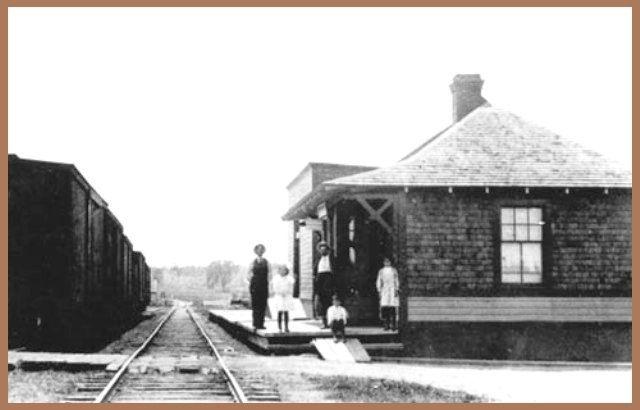 STE-ANNE-DES-PLAINES, Québec - La gare CPR c 1910