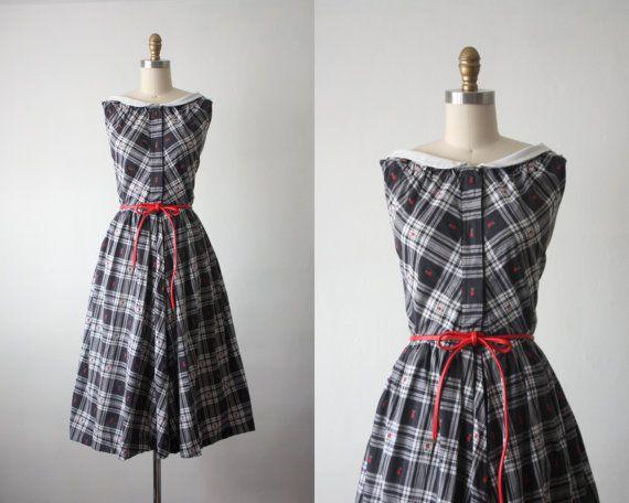 /50s-dress-summer-picnic-dress