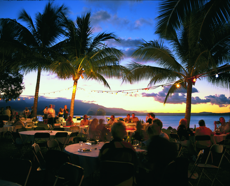 For your next holiday in Cairns area for Port Douglas accommodation specials try http://www.ozehols.com.au/holiday-accommodation/queensland/cairns-area/port-douglas #portdouglasaccommodationspecials #portdouglas