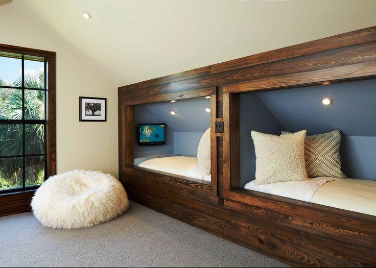 tetőtér,lakberendezés,ötlet,ágy