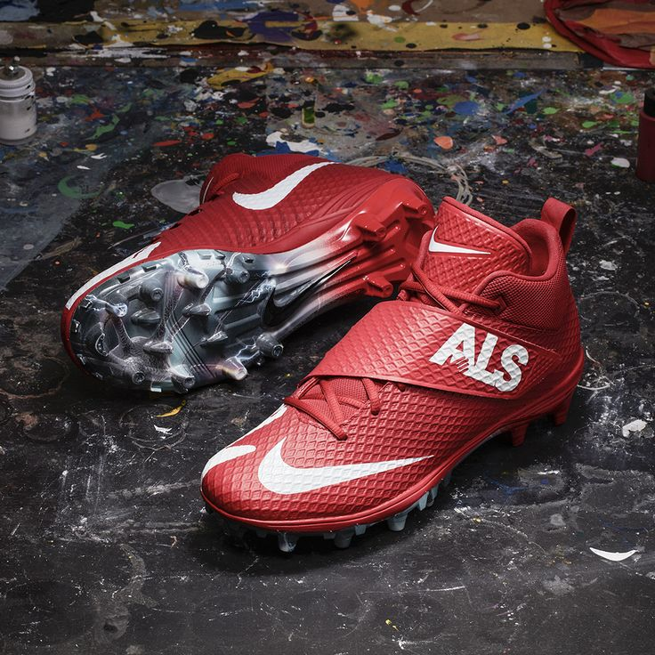 Buffalo Bills RB LeSean McCoy has made it his mission to devote himself to continuing the fight against ALS that his grandmother fiercely fought. That's why his cleats support the ALS Association. To learn more about ALS Association, and other player causes, visit http://www.nfl.com/mycausemycleats.