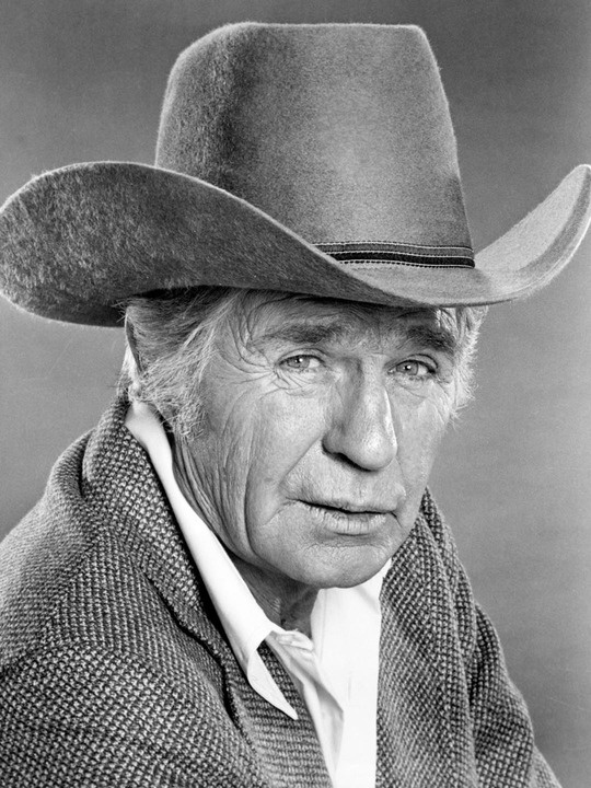 Jim Davis---( played original Father in Dallas) Look him up, he was so hot in his day, anyway he was in a movie where he was dressed as a soldier, I fell out of my chair!