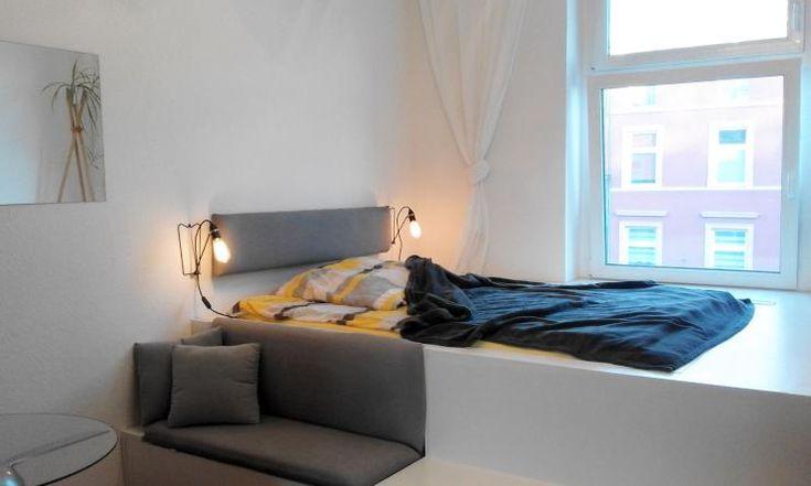 Bitte teilen! Komplett möblierte Zwei-Raum-Wohnung in Düsseldorf Oberbilk - 1-Zimmer-Wohnung in Düsseldorf-Oberbilk