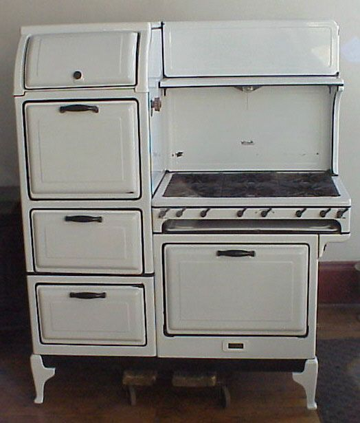 1928 Magic Chef 1000....This one I saw in Santa Monica years ago...I fell in love with it...have always dreamed of it in my kitchen!!!!!!!!! THANKS DEB for finding this one....!!!!!!! I had to steal this!!