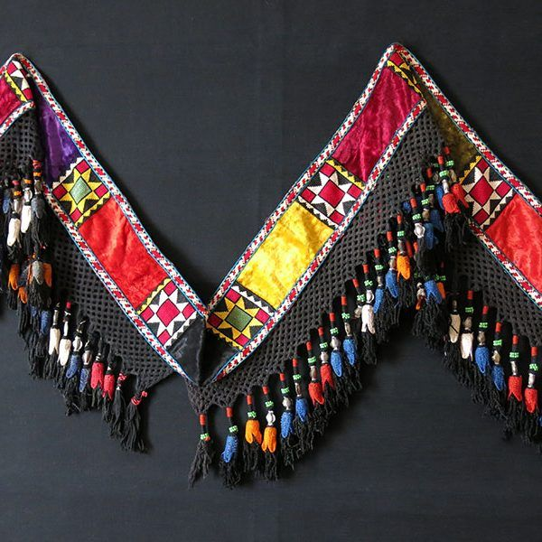 afghanistan-lakai-tribal-silk-embroidery-velvet-with-silk-tassels-wall-decoration
