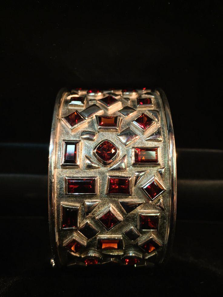 Handmade Sterling Silver Bracelets with 23,18ct Garnets | GoodiesHub.com