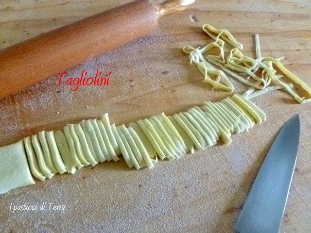 Facciamo insieme i tagliolini? http://www.ipasticciditerry.com/tagliolini-primavera/