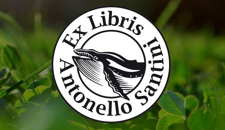 Ex Libris Antonello Santini Een ontwerp voor een 'Ex Libris' blinddrukstempel voor Antonello Santini met daarin een illustratie van een walvis.