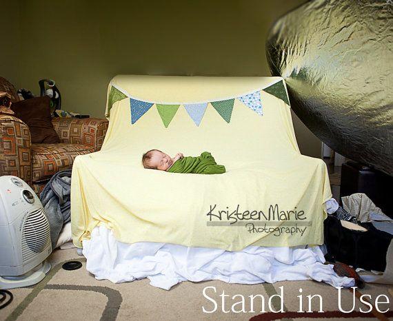 Stand de telón de fondo para fotografía de recién por KristeenMarie                                                                                                                                                                                 Más