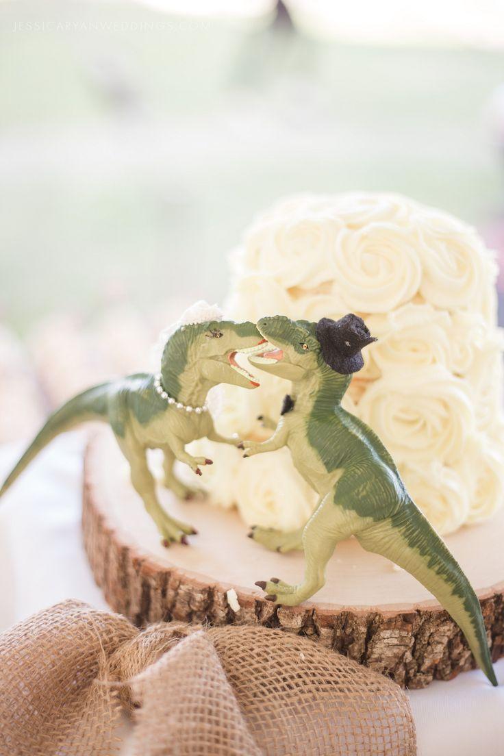 Dinosaur DIY wedding cake toppers | Louisville Wedding Photographer | Jessica Ryan Photography