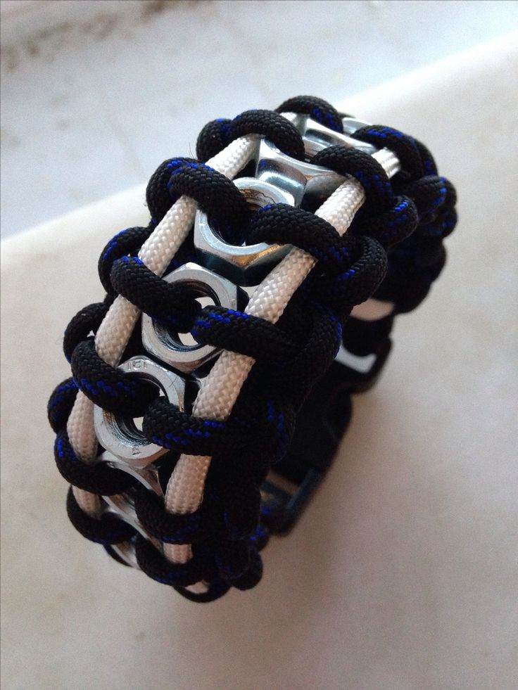 HexNut Paracord Bracelet  Still need to make one of these...