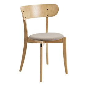 Polett is an elegant and flexible wooden chair. It is available in oak, beech and birch, and you can also choose a version with an upholstered seat. Polett's backrest is available in two sizes.