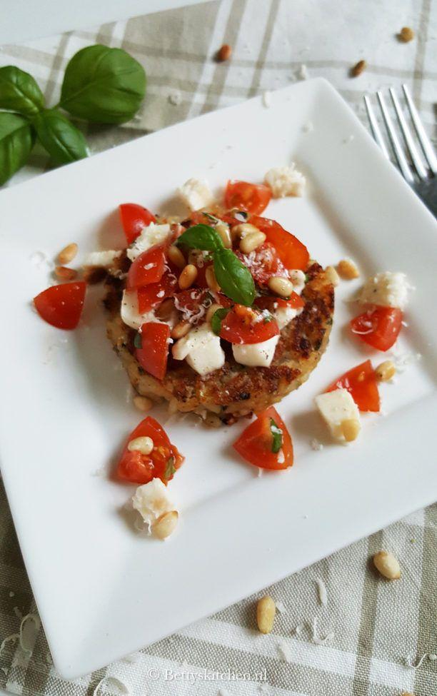 Risotto Taartjes met tomatensalade  Betty's Kitchen Vega Recepten