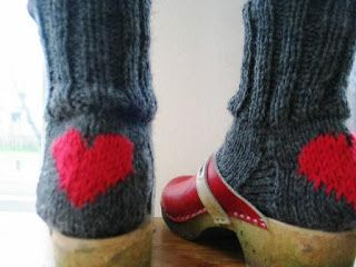 Love these wooly socks! The heart is easy to do with a duplicate stitch