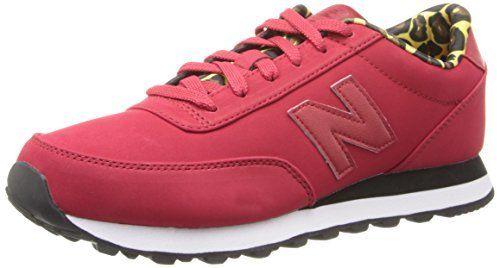 €53, Chaussures de sport bordeaux New Balance. De Amazon.com. Cliquez ici pour plus d'informations: https://lookastic.com/women/shop_items/98345/redirect