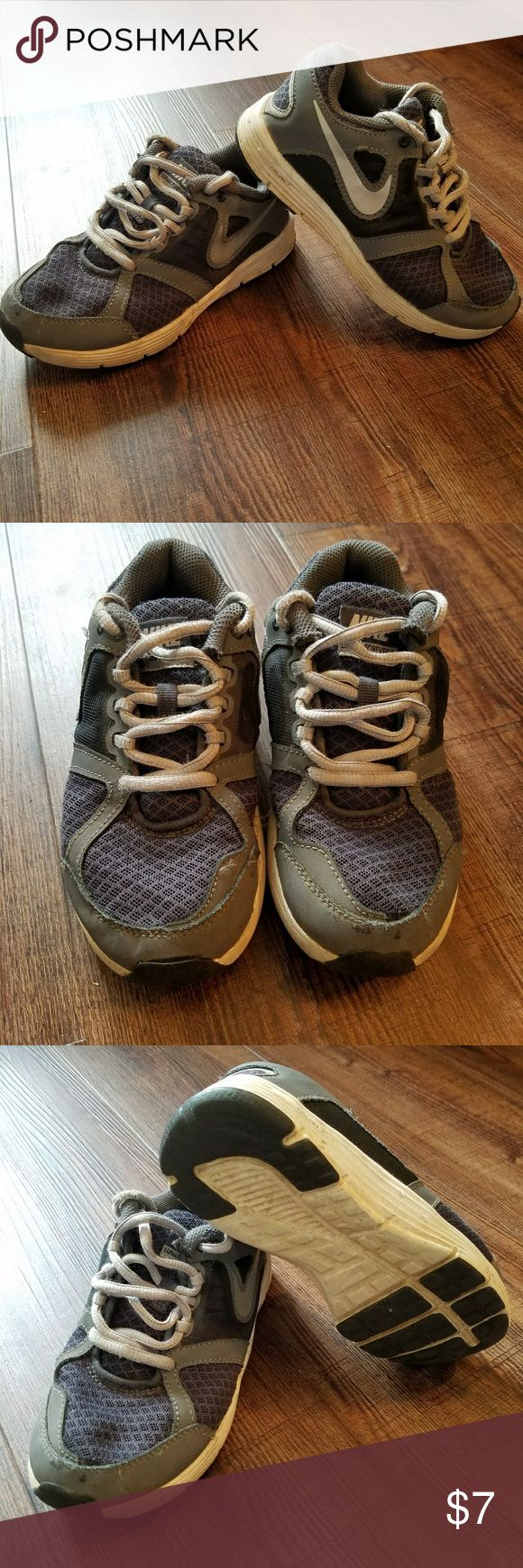 Boys Nike shoes Light / dark gray Nike shoes Size 12  Used condition Pet/smoke free home Offers welcomed! 15% off bundle 3 or more! Nike Shoes Sneakers