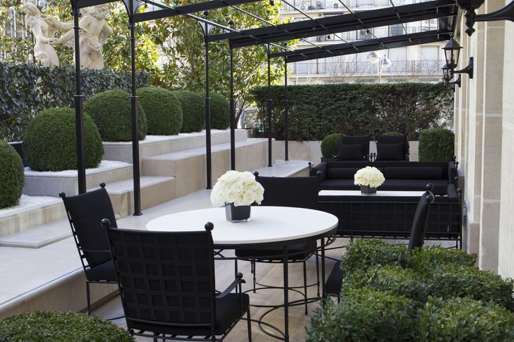 Royal Suite Terrace with view on the Marble Courtyard