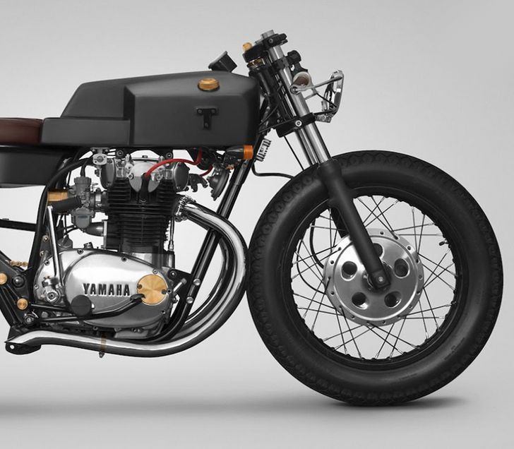 http://hermandadlunatica.blogspot.co.uk/2014/03/yamaha-xs650-custom-by-thrive-motorcycle.html