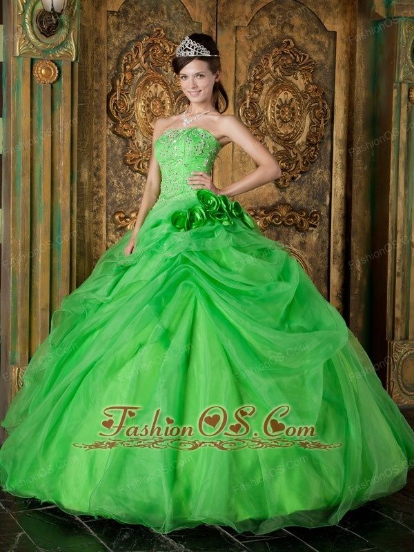 Pretty Spring Green Quinceanera Dress Strapless Organza Beading Ball Gown  http://www.fashionos.com    Create your own modern day fairy tale in this stunning army green ball gown dress.You'll absolutely love this flirty strapless sweetheart ball gown with romantic ruffles and embroidery.The color of green gives people a fresh feeling.With this dress on, you will be the only princess in the party.