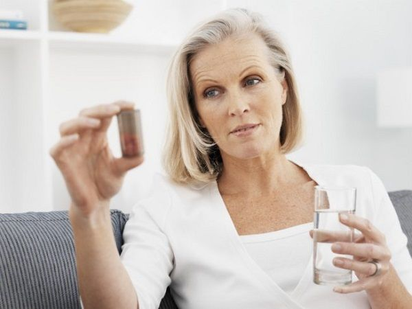 Casos de reposição hormonal normalmente são ligados a deficiências do organismo ou a fatores da idade que começam a intervir na boa saúde do organismo de uma pessoa. Porém, existem ainda aqueles que tentam recorrer a reposição hormonal de maneira incorreta, na forma de injeções de testosterona,...