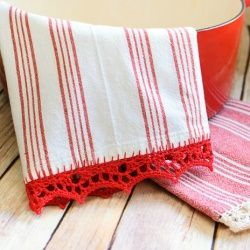 Crochet edged tea towels are one of my favorite things and a pretty and easy way to add some color to your kitchen!