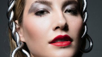 Alana Greszata wears a bold red lip. Photo: Jeff Tse