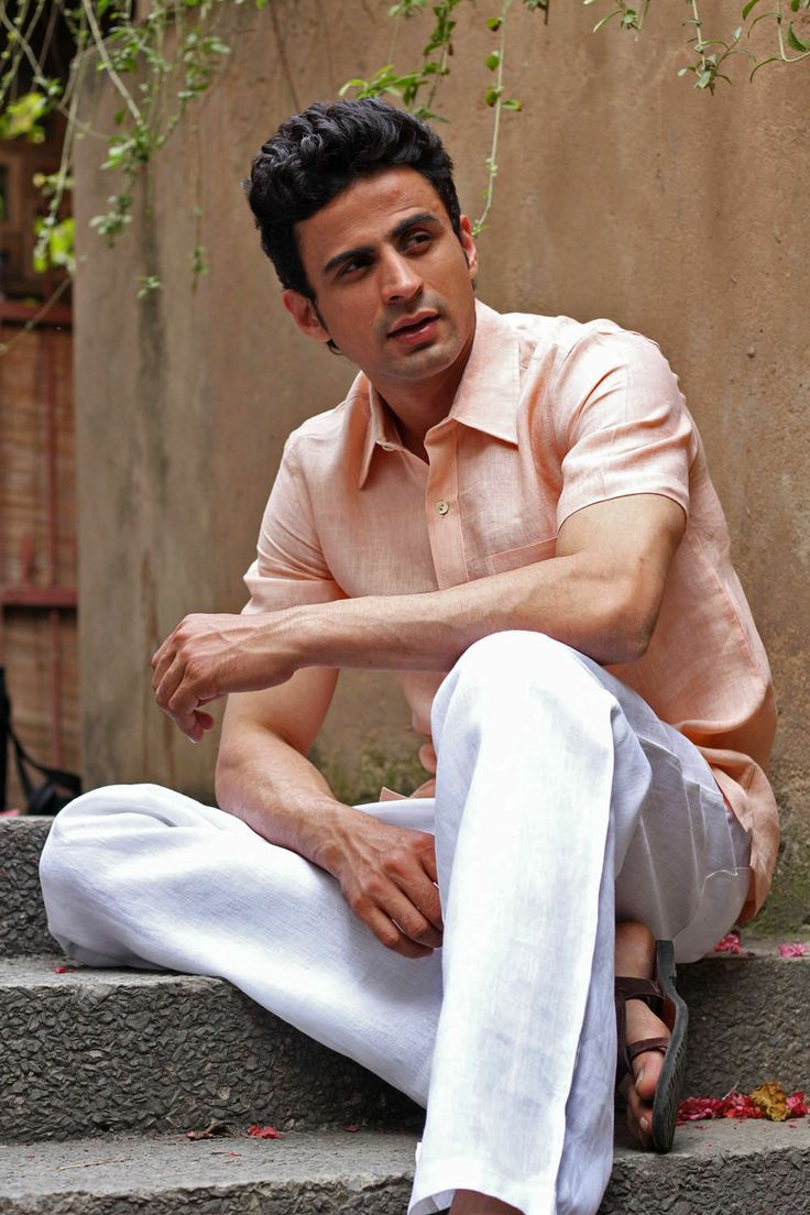 #Linen Linen shirt and trousers in a cool pastel palette.