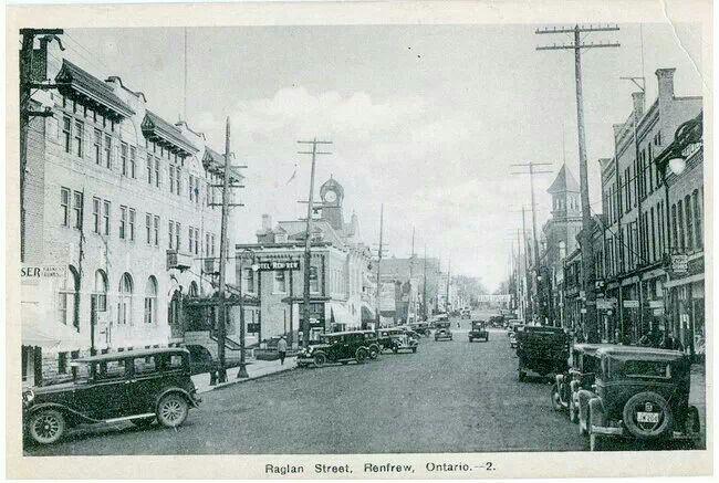 Raglan Street, Renfrew,  Ontario