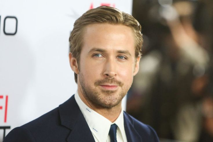Ryan Gosling:Who can forget his epic role on the Drama hit film, and probably the most romantic film of all time, The Notebook. He won over Rachel McAdams heart when the two costarred in the movie, and he won over every girl's heart in America. Gosling, who dated for a while his co star from the Notebook, eventually married actress Eva Mendes who is considerably older than the good looking actor, and the two have two daughters. He continues to melt our hearts with his romantic roles.