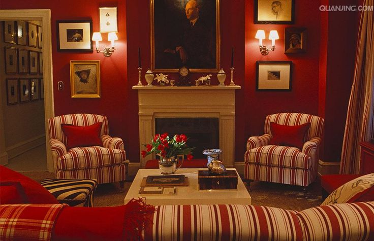 red & cream combine artfully in this stylish sitting room of designer Ward Denton.