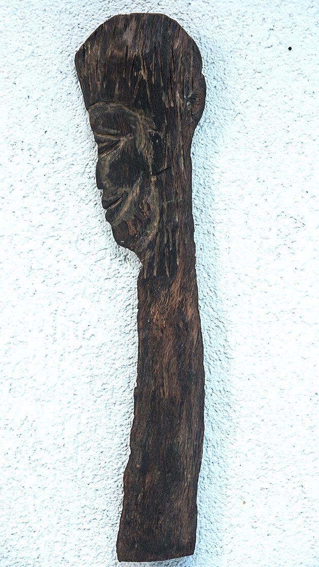 Mandalina agacından oyma siluet