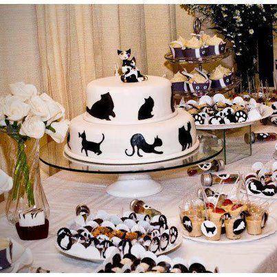 Cat Cake & Cat Cupcakes