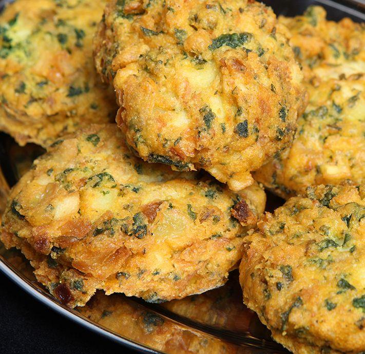 Empty the fridge recept Indische pakoras gemaakt van restje bloemkool of aardappel