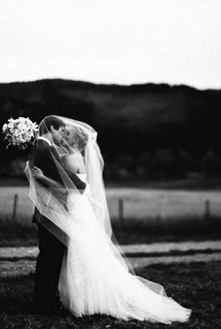 Свадебное платье черно-белые кадры - The-wedding.ru
