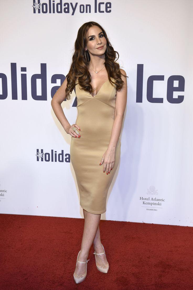 Sila Sahin bei der Holiday on Ice Gala in Hamburg