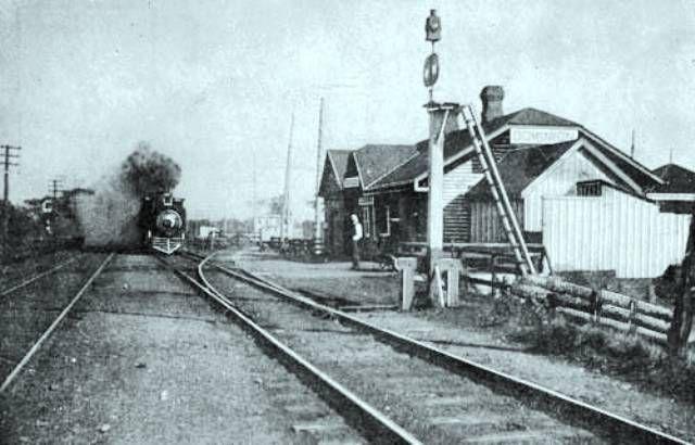 DOMINIQUE PQ - Maine Central Railroad station-gare