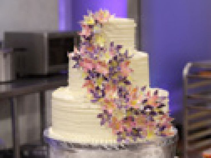 Hawaiian Lei Wedding Cake