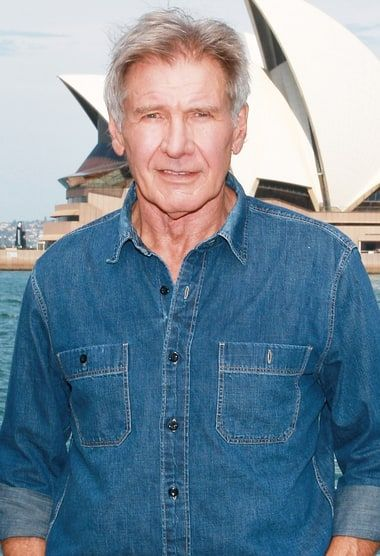 Harrison Ford used to be a superhot carpenter in his 20s — see the shirtless throwback photo